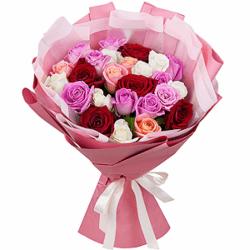 Букет из 25 российских разноцветных роз 40 см